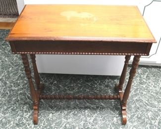 75 - One drawer vintage table 28 x 26 x 15