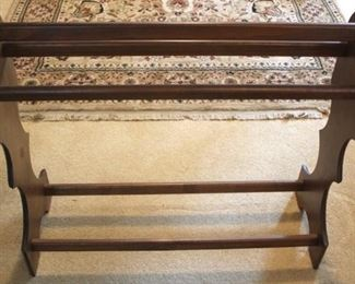 167 - Victorian quilt rack 32 x 28 x 9