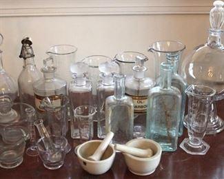 181 - Group apothecary bottles & etc