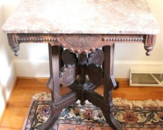 192 - Victorian carved walnut marble top table 28 x 28 x 19