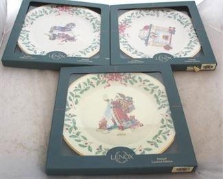 237 - Lenox Christmas plates