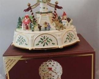 276 - Lenox Holiday Balloon Ride centerpiece with box