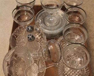 293 - Assorted glassware