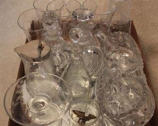 294 - Assorted glassware