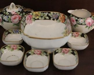 332 - 8 Pieces Nippon bowl set & creamer/sugar