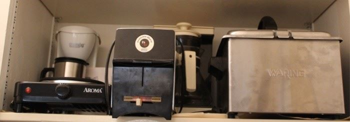 388 - Assorted kitchen appliances