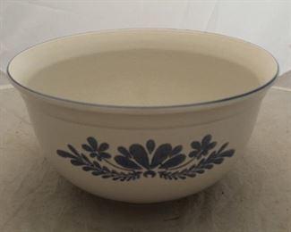 """403 - 13"""" Large Pfaltzgraff mixing bowl"""