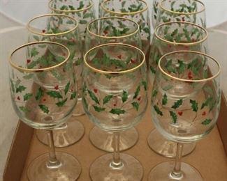 418 - 12 Christmas wine glasses