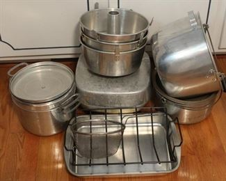 423 - Group cookware & bakeware