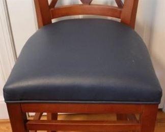 437 - Bar chair 39 x 18 x 19