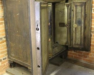 463 - Antique Master Safe w/ combination bring help and moving tools!! 57 x 42 x 29