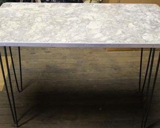 468 - Retro vintage dinette table 30 x 42 x 21