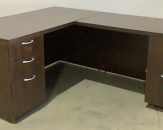 """Located in: Chattanooga, TN MFG Turnstone L -Shaped Desk Size (WDH) 59""""W x 77""""L x 29-3/4""""H *Keys Included* **Sold as is Where is**"""