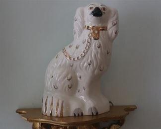 English Beswick Staffordshire White Spaniel Fox Hound Mantle Dog