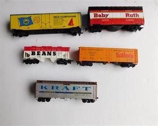 HO Train Cars (5 ea)