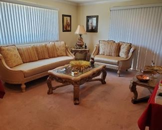 Stunning formal living room furniture, all in amazing shape!