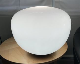 HALF OFF!  $40.00 NOW, WAS $80.00....................Modern Floor or Table Lamp (R018)