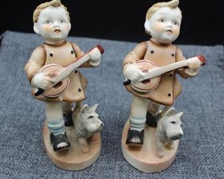 PAIR Vintage Japanese Hummel's/Young Musicians
