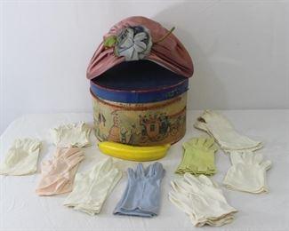 Vintage Lady's Marche Exclusives Hat & Assorted Vintage Gloves