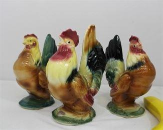 Vintage Royal Copley ceramic Rooster & 2 Hens