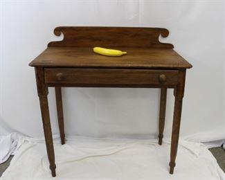 Vintage wooden single drawer desk