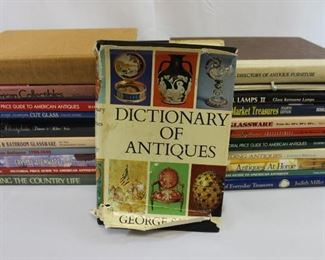 Assortment of Books on Antiques & Collectibles
