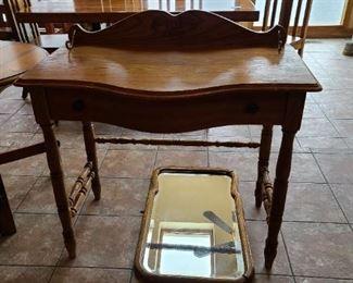 Desk/Entry Table $68 OBO