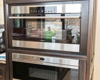 A Wolf Steam Convection Oven. Circa 2013-2014. S/N 13523289. Condition: Very Good.$2,800.00
