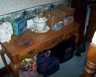 OAK CONSOLE TABLE & SMALLS