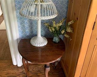 Wicker lamp, drop leaf table