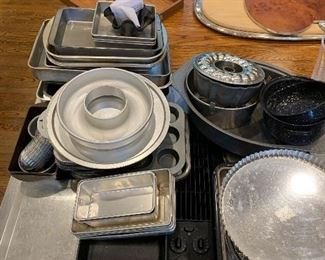 Baking pans of every shape