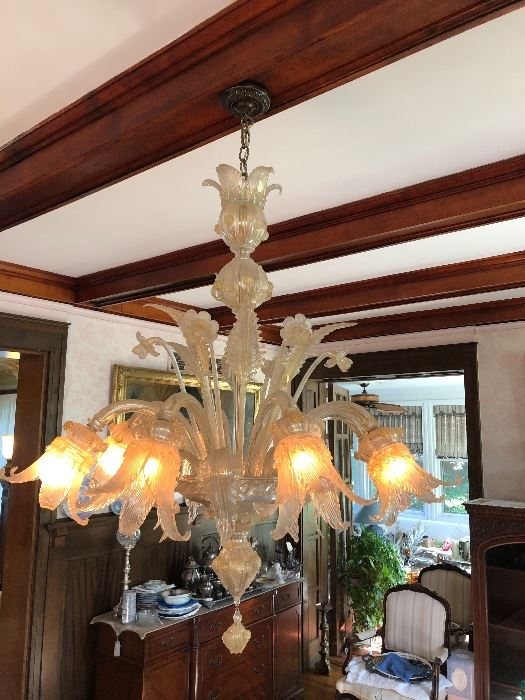 Fantastic Venetian Glass Chandelier. Picture do not do it justice
