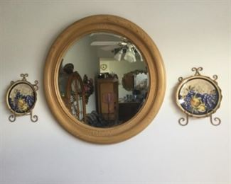 Beautiful Round Mirror