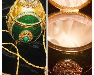 Authentic Vivian Alexander Faberge Egg Purse (perfect)