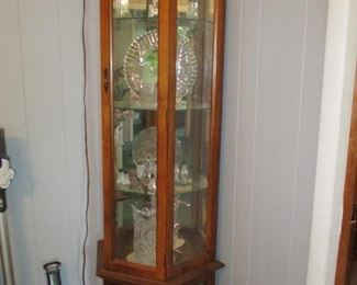 Display cabinet-lighted