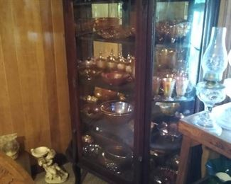 Bow front china cabinet- great condition