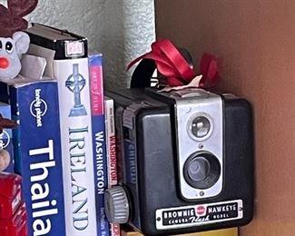 """Vintage Brownie """"Hawkeye"""" camera."""