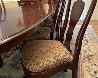 Ethan Allen Table & 8 chairs