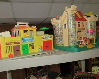 Fisher price little people, castle & village