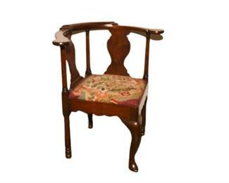 19th Chippendale Mahogany Corner Chair