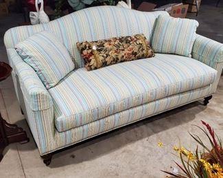SHERRILL SMALL SOFA\LOVE SEAT
