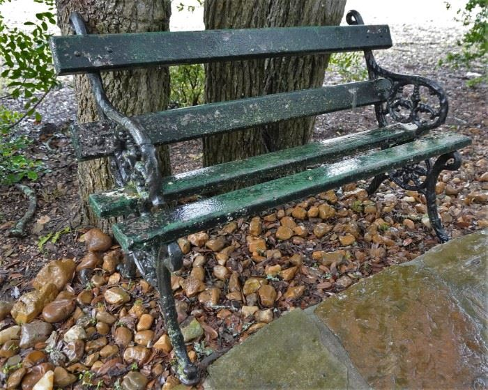 Outoor bench