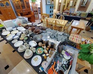 Kitchen ware...
