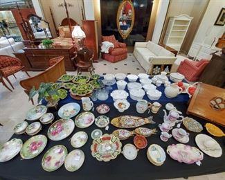 Many hand painted plates - Bavaria, etc. - Royal Albert, Old Country Rose
