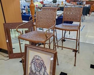 Love these barstools!  The heavy metal mirror on the left side is very unique - has jungle animals engraved in the mirror - goes perfect with this lion picture!
