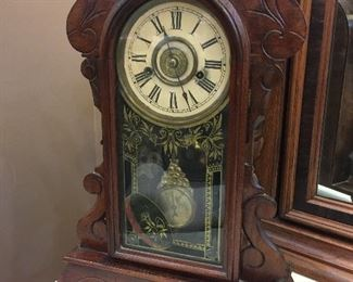 Old mantle clock with alarm, running!
