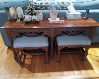 Table with nesting benches