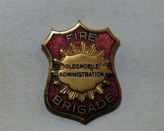RARE: OLDSMOBILE ADMINISTRATION FIRE BRIGADE BADGE