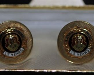OLDSMOBILE 15 YEARS LOYAL SERVICE CUFF LINKS