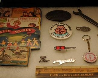 ASSORTMENT OF OLDSMOBILE AND OTHER ADVERTISING